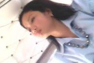 Office girl upskirt boso sa jeep kita ang kulay puti na panti!