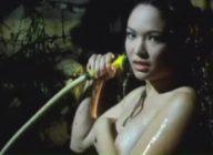 Amanda Page shower scene kita light brown nipples!